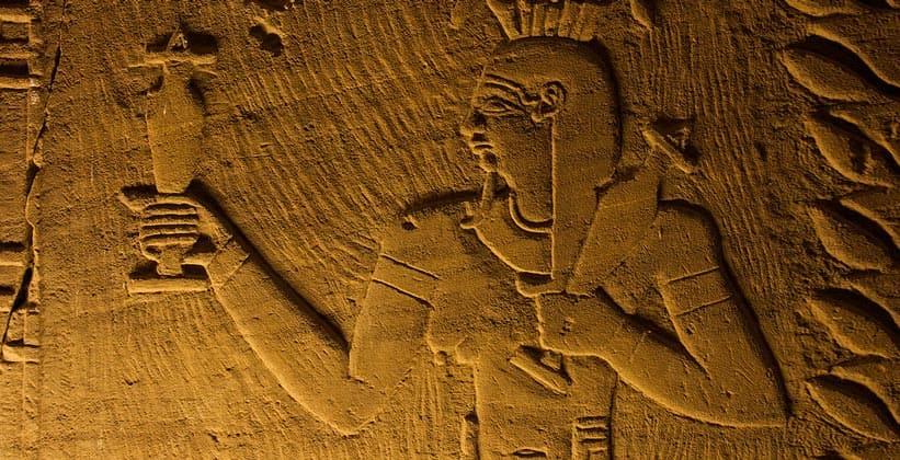 Настенные рисунки храма Мандулиса (Калабша) в Египте