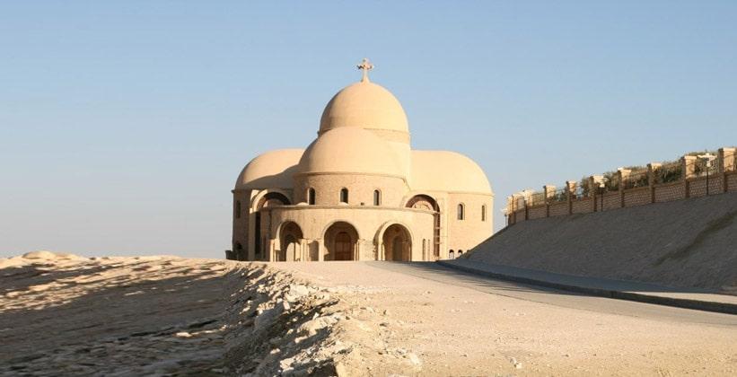 Одно из строений монастыря Святого Павла в Египте