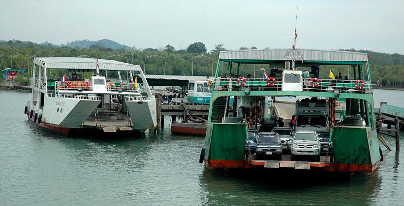 Паромы на острове Ко Чанг в Таиланде
