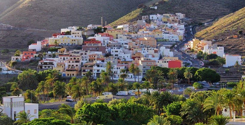 Городок Сан-Себастьян на острове Гомера