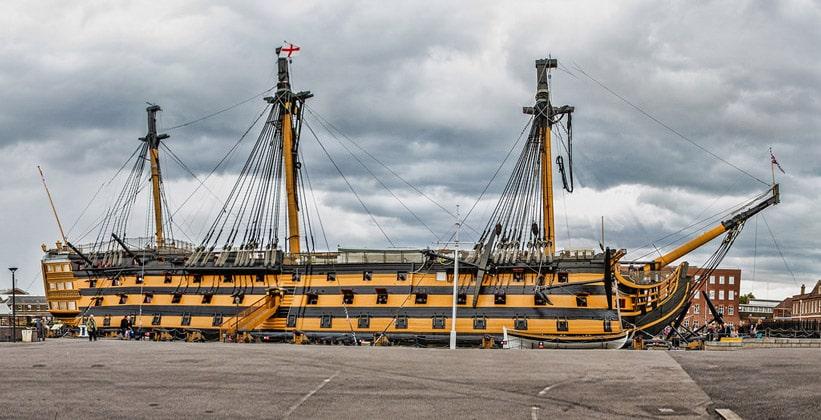 Корабль Победа (HMS Victory) в Портсмуте