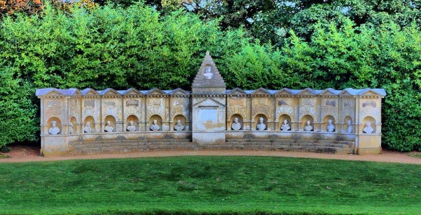 Храм достойных британцев в садах Стоу