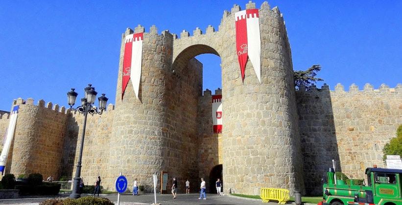 Ворота крепости Авила