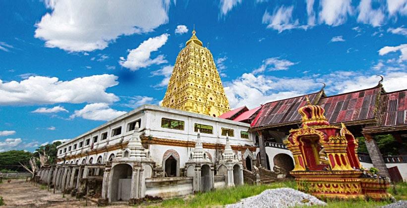 Храм Ват Ванг Вивекарам в Сангклабури