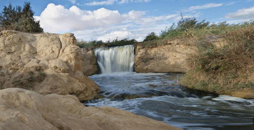 Водопад Фаюмского оазиса в Египте
