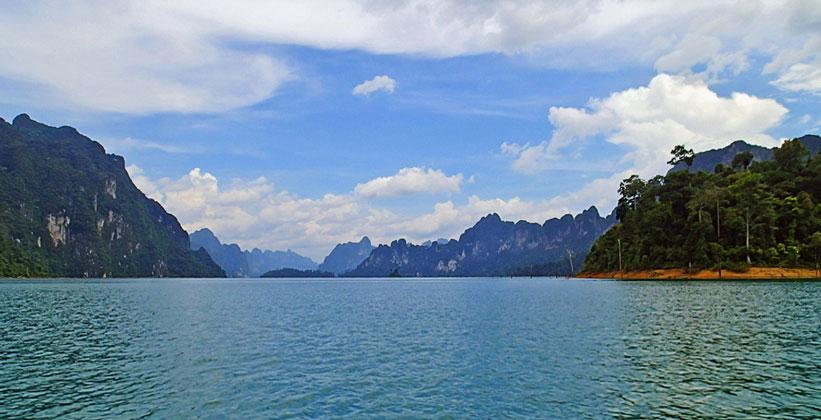 Озеро Чео Лан в Национальном парке Кхао Сок