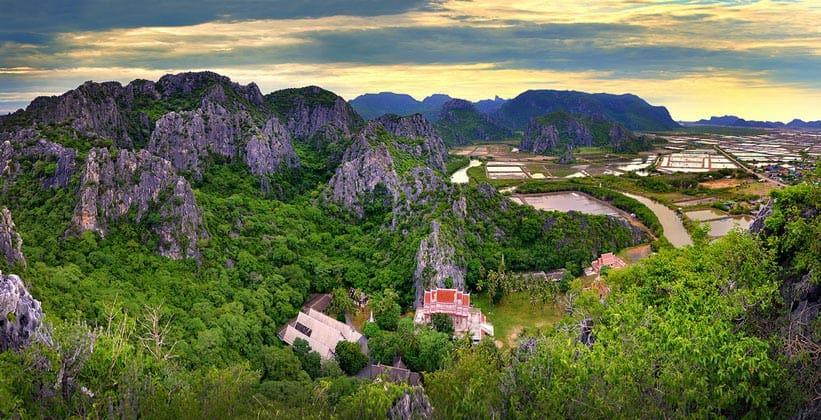 Национальный парк Кхао Сам Рой Йот в Таиланде