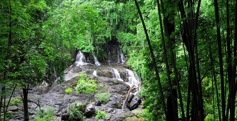 Водопад Пхасуа в Таиланде
