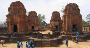 Храм Муанг Там в Таиланде