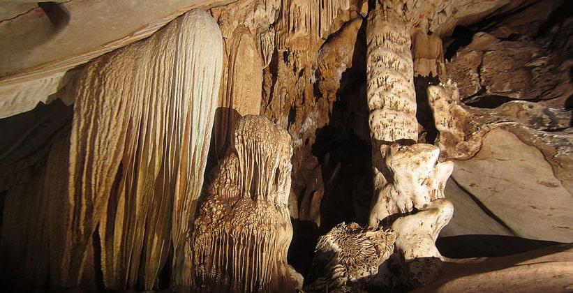 Пещера Тхам Лава и её окрестности