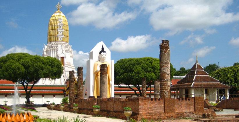 Храм Ват Пхра Си Ратана Махатхат в Пхитсанулоке