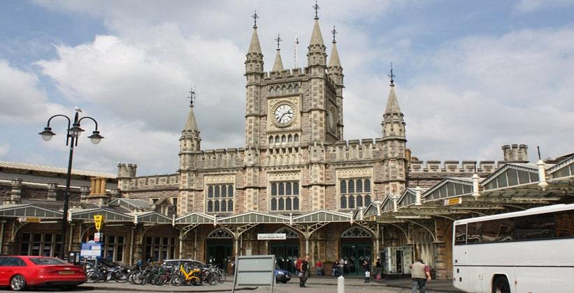 Железнодорожный вокзал Темпл Мидз в Бристоле