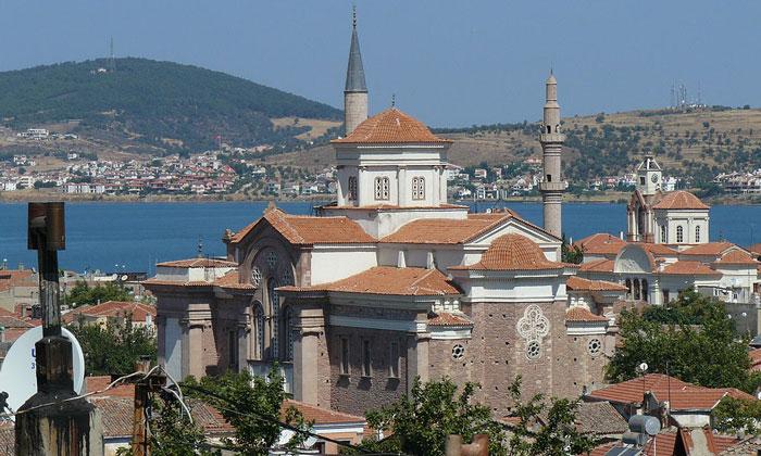 Мечети Айвалыка