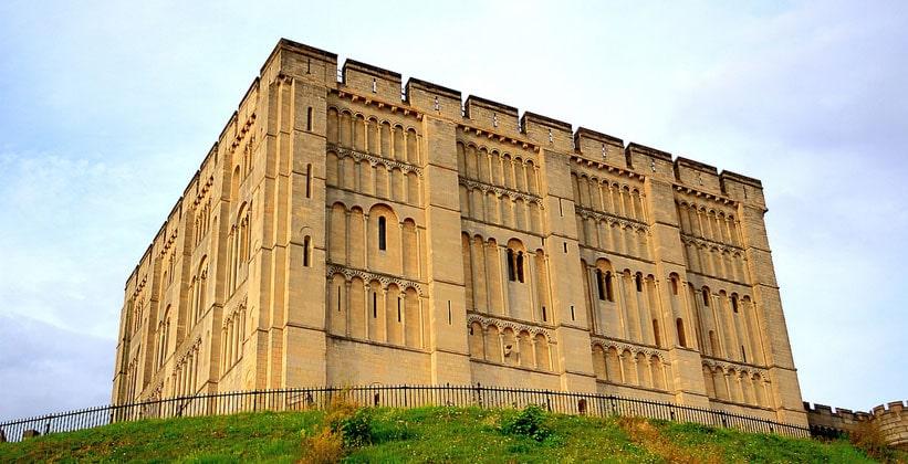Нориджский замок в Англии