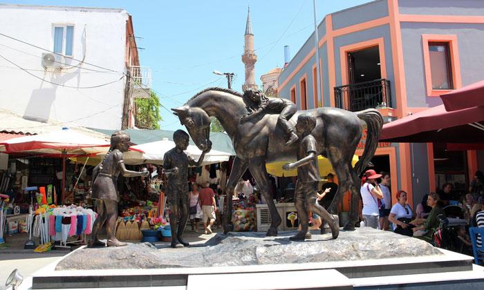 Памятник Старого города Айвалык