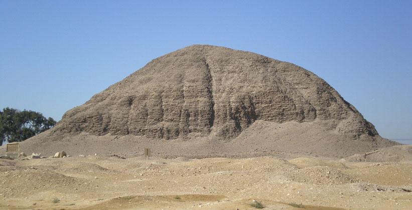 Пирамида Аменемхета III в Хаваре