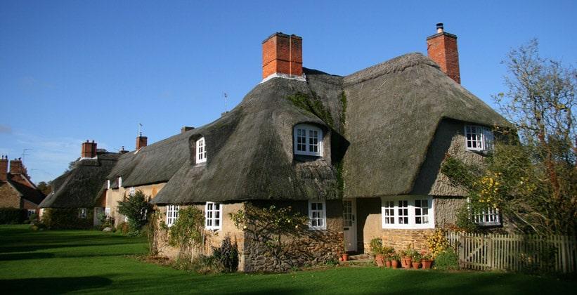 Деревня Эшби Сент-Леджерс в Англии