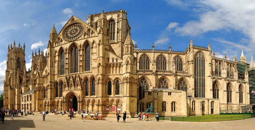 Йоркский кафедральный собор в Англии