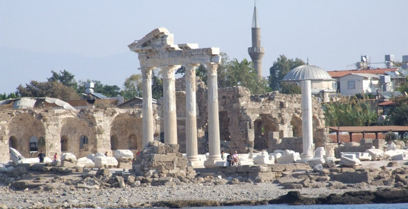 Древний город Аспендос в Турции