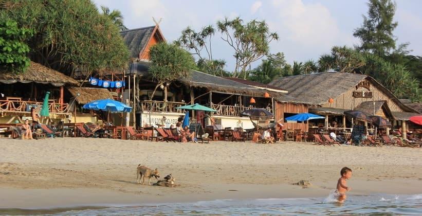 Курорт (пляж) Хат Клонг Нин на острове Ко Ланта Яй