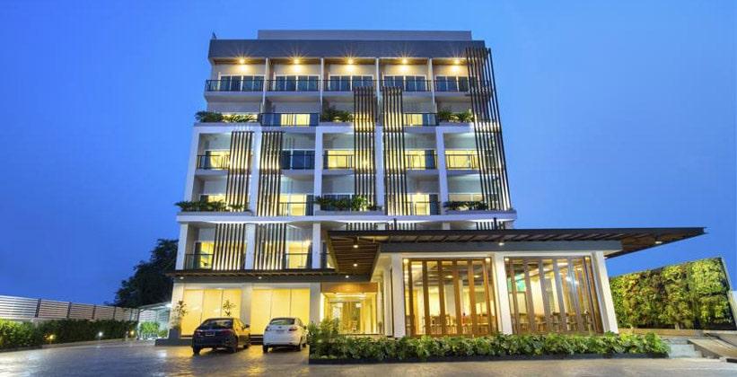 Отель V Hotel в Убонратчатхани
