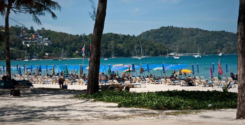 Пляж Ао Патонг на острове Пхукет