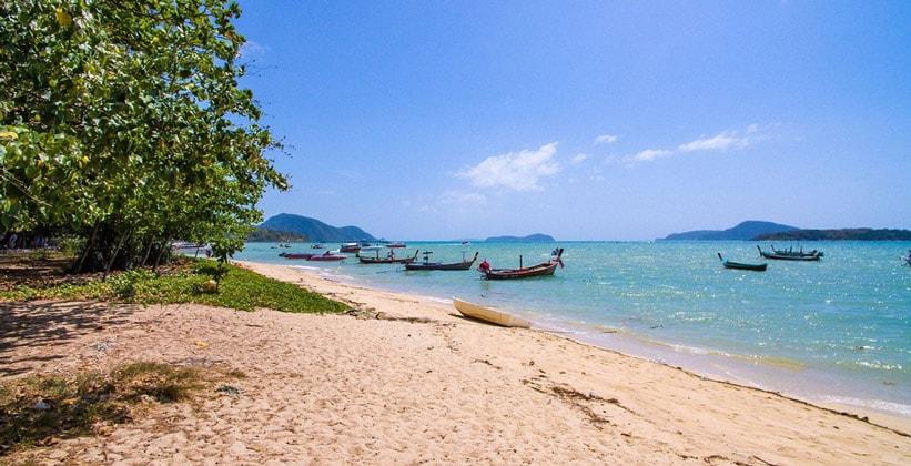 Пляж Хат Равай на острове Пхукет