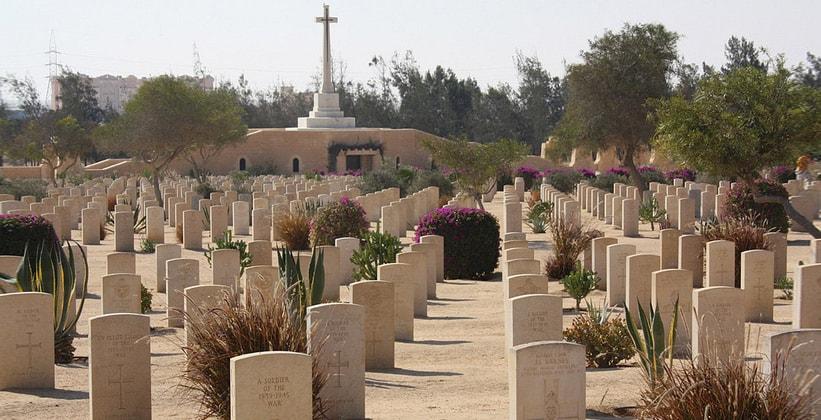 Военное кладбище союзников в Эль-Аламейне (Египет)