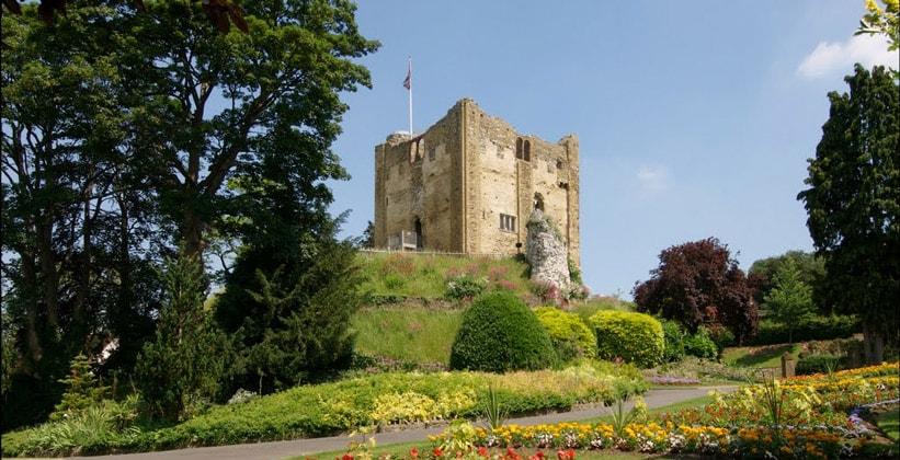 Гилфордский замок в Англии