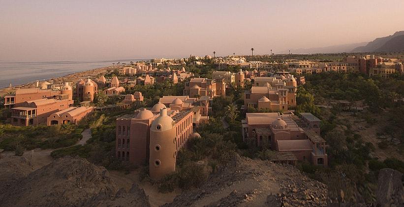 Курорт Таба Хейтс в Египте