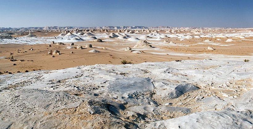 Белая пустыня в Египте (оазис Фарафра)