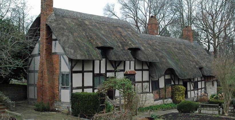 Коттедж Анны Хатауэй в Стратфорд-апон-Эйвоне (Англия)