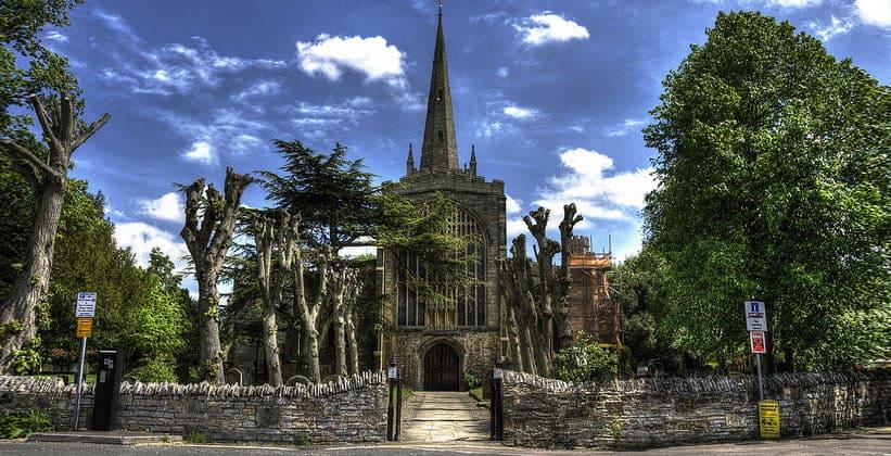 Церковь Святой Троицы в Стратфорд-апон-Эйвоне (Англия)