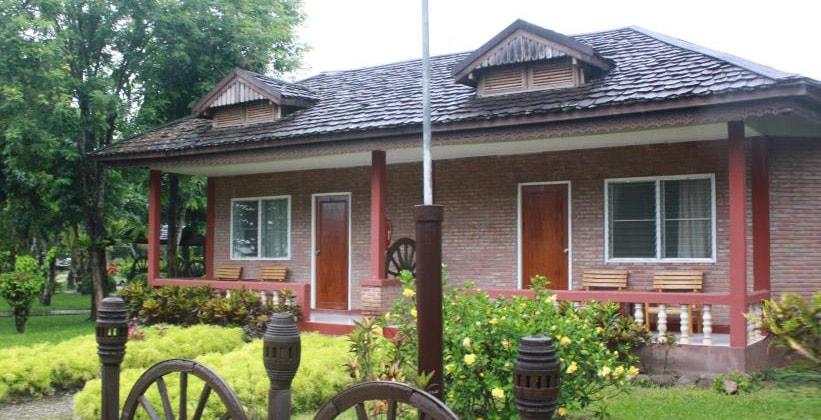 Отель Chiang Khan Hill Resort в Чианг Кхане