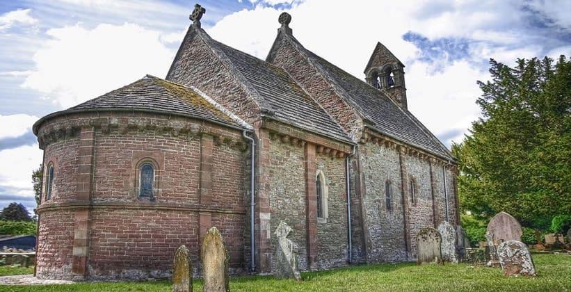 Церковь Святой Марии и Давида в деревне Килпек (Англия)