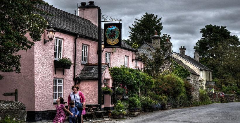 Деревня Лидфорд в Англии