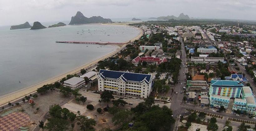 Город Прачуапкхирикхан в Таиланде