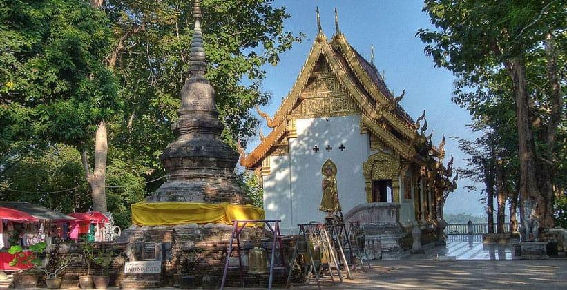 Храм Wat Phra That Chom Kitti в Чиангсене (Таиланд)