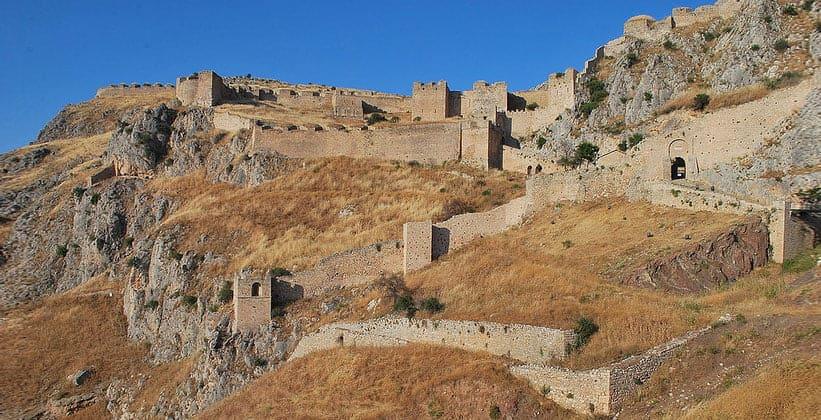 Акрокоринф (Акрополь Коринфа) в Греции
