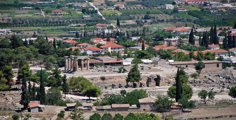 Античный Коринф в Греции