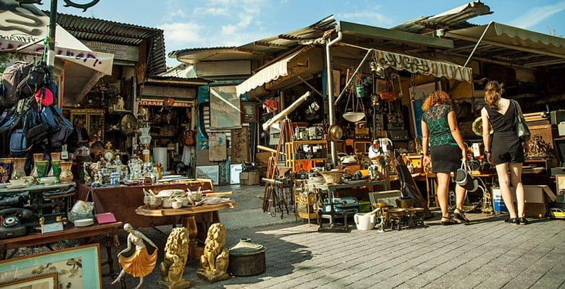 Рынок антикварных вещей в Афинах (Греция)
