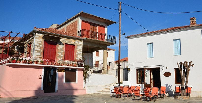 Кафе в городе Трикери (Греция)
