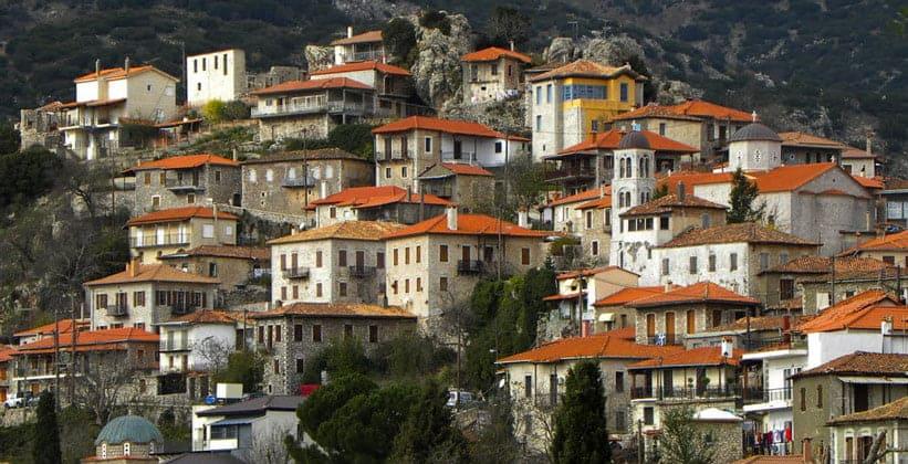 Деревня Димицана в Греции
