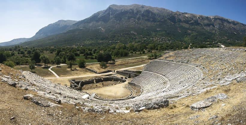 Античный театр Додони в Греции