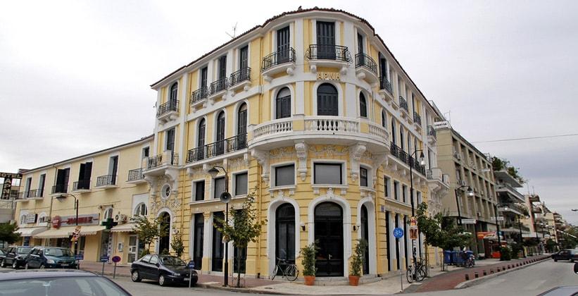 Исторический отель Arni в городе Кардица