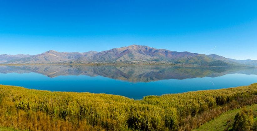 Меньшее озеро Преспа в Греции