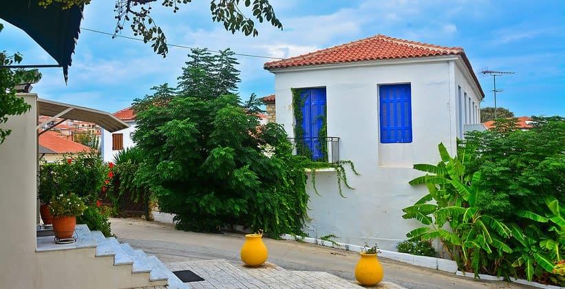 Греческая деревня Метони