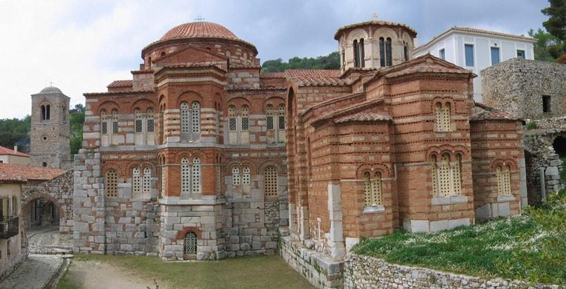 Православный монастырь Осиос Лукас в Греции