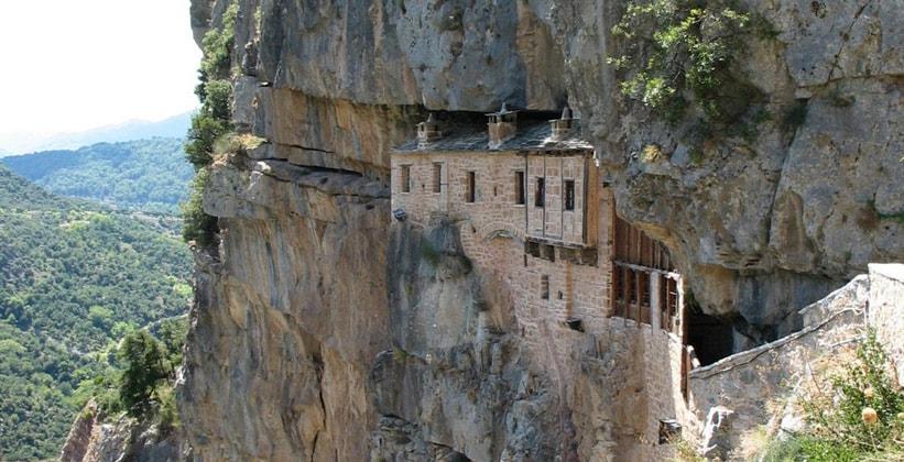 Монастырь Кипина в Греции