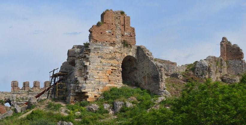 Останки древнего города Никополь (Греция)